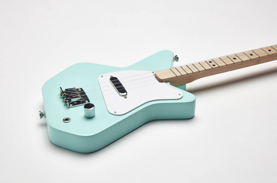 Mothers Day Giveaway Win Beginner Kid Guitar From Loog Music