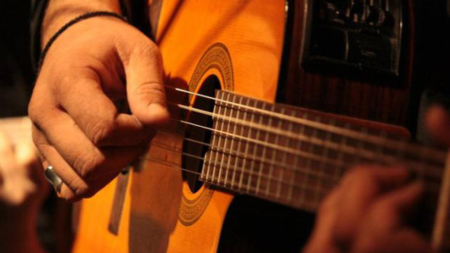 How To Spice Up Your Open Chords Part 1 Guitar Lessons