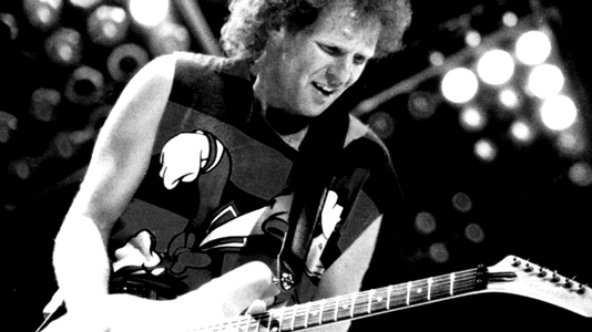 How to Play 'Working for the Weekend' by Loverboy From the Man Who Wrote It
