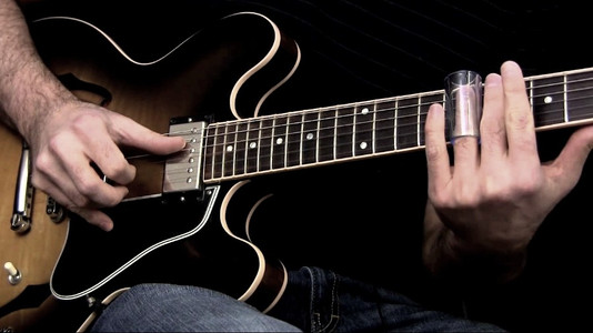 Learn How To Easily Play Slide Guitar