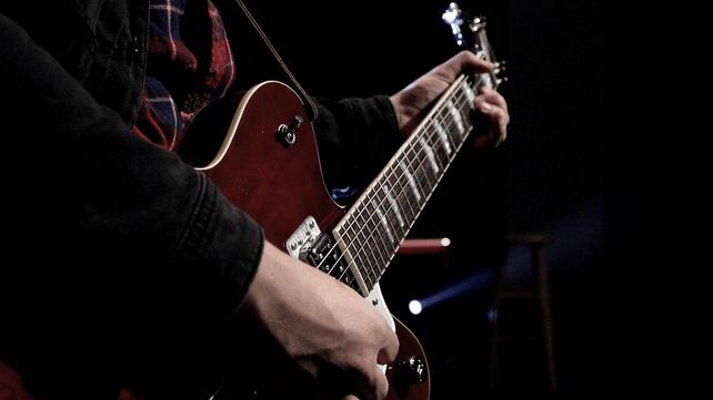 Complete Guide To Downward Pickslanting Guitar Lessons Ultimate