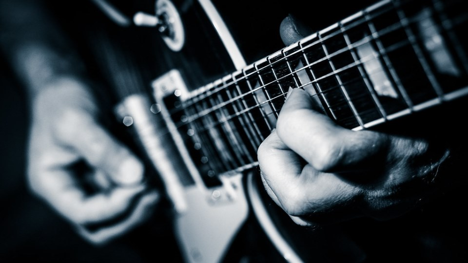 Doing This Everyday Will Make You A Much Better Guitar Player [Lessons]