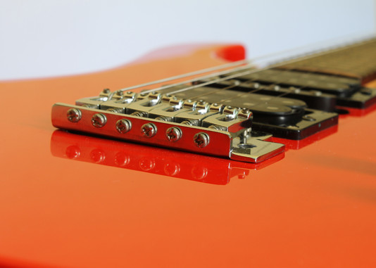 How to Master Alternate Picking String Crossing