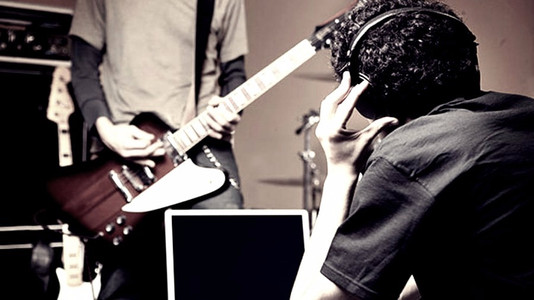 Four Critical Aspects for a Successful Guitarist