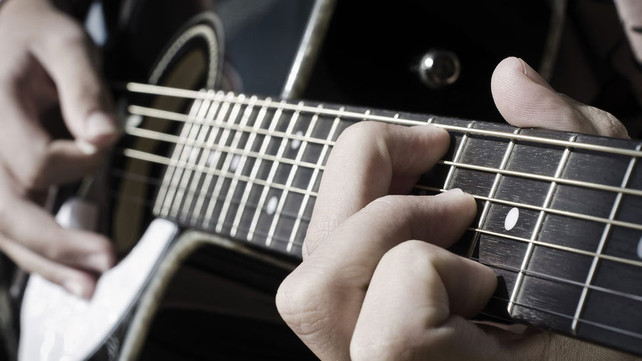 Beginner Guitar: How to Make Your Guitar Chords Sound Better ...