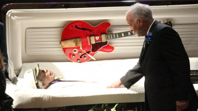 35 Greatest Songs to Be Played at a Funeral | Articles @ Ultimate ...