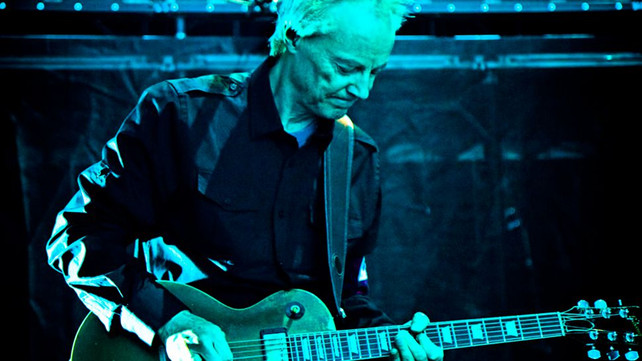 Roger Waters' Guitarist Snowy White Shares His No 1 Advice