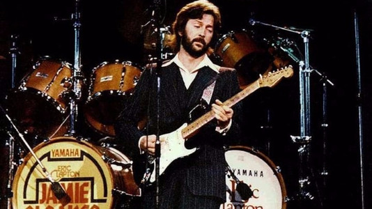 10 Iconic Guitars With Names