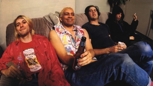 Dave Grohl Reveals How Pat Smear 'Changed Everything' for Kurt Cobain & Nirvana   Music News @ Ultimate-Guitar.Com