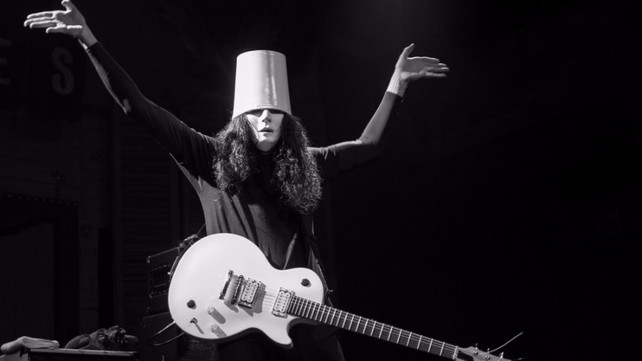 preparar Zoológico de noche Finito  Buckethead Is Back on the Road and He's Bringing a Live Band With Him    Music News @ Ultimate-Guitar.Com