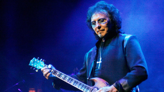 Learn Something: 21 Greatest Guitar Techniques of Tony Iommi