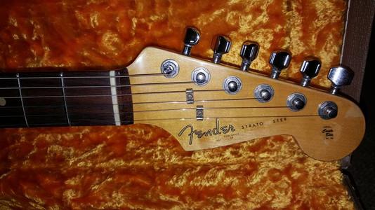 Guitar Life Hacks: Pencil Tuning Trick