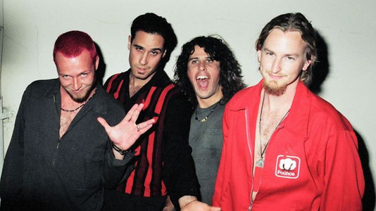 Stone Temple Pilots: How 'Plush' Came to Be
