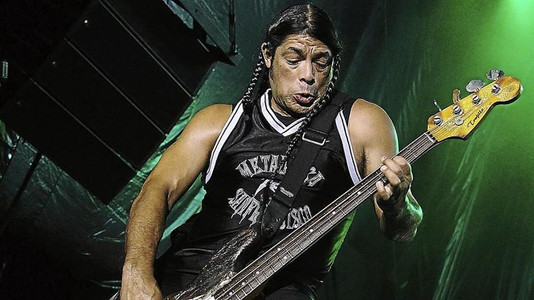 Metallica's Trujillo: 'Death Magnetic' Was a More Collaborative Album Than 'Hardwired'