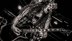 Marty Friedman: I Don't Know Anything About Tonewoods or Fret Sizes or Scale Lengths