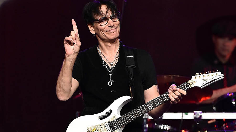 Steve Vai: When Most People Say 'Technique,' They're Referring To Fast Playing [News]