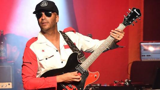 Tom Morello Reveals Favorite Pop Star, Guitar Solo, RHCP Guitarist, Cornell Memories & Much More