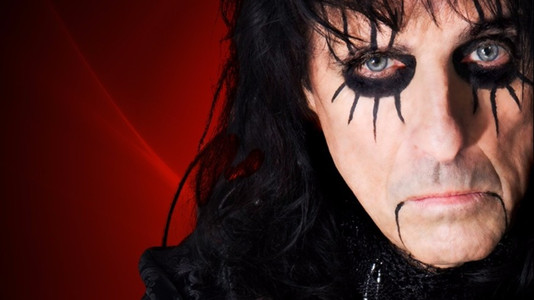 10 Best Songs by Alice Cooper
