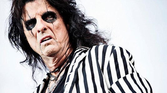 Alice Cooper: The Thing I Really Don't Like About Today's Young Rock Bands