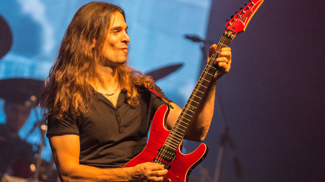 Megadeth\'s Kiko Loureiro: You Don\'t Need Theory to Be Good Musician ...